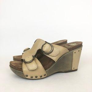 Dansko | Fern Beige Leather Wedge Sandal 7